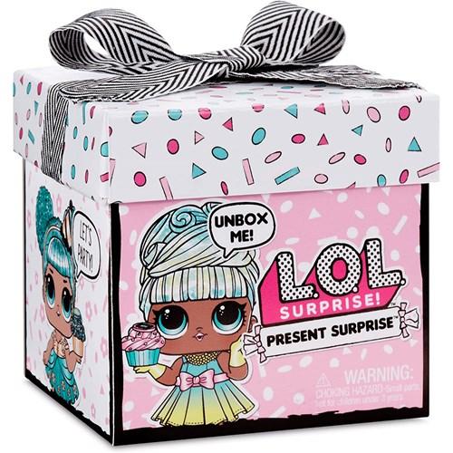 Boneca Candide Surprise Present Surprise Asst - 8948